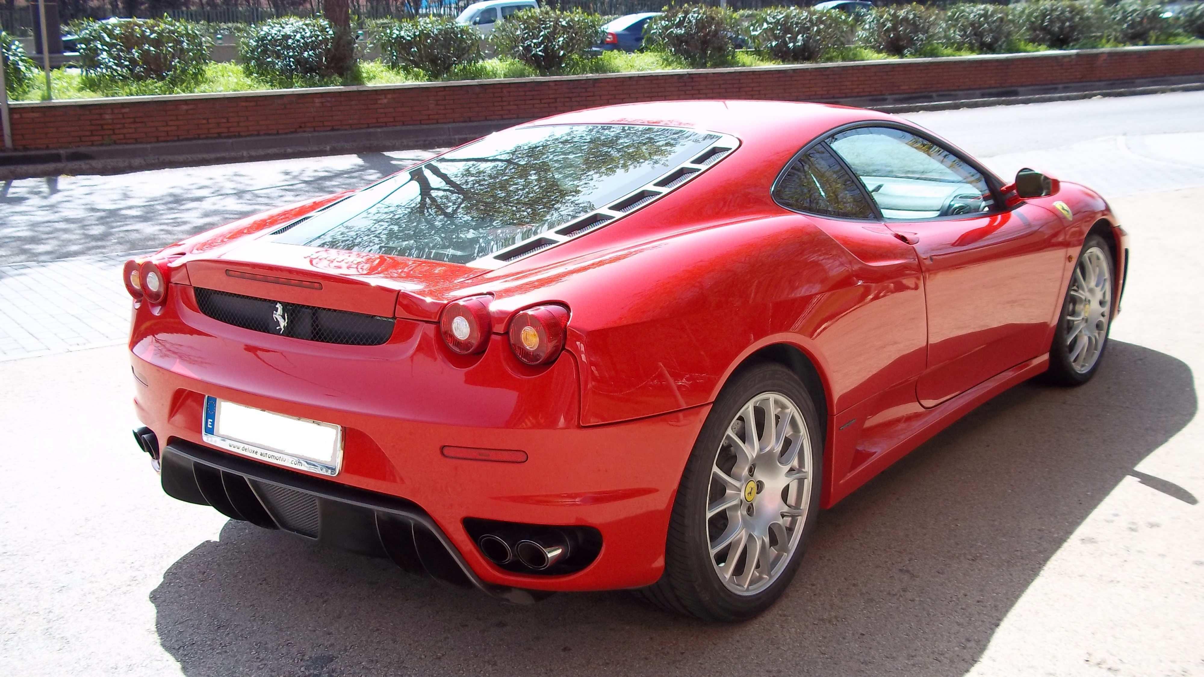 coches de la marca Ferrari en Madrid